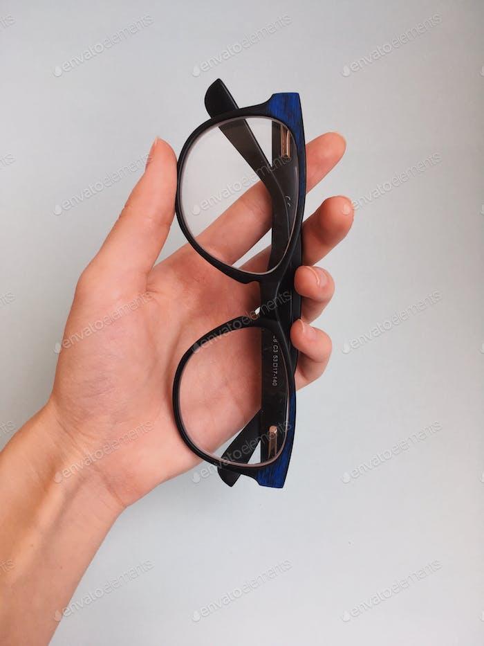 glasses for eyesight in the hand ☑️☑️