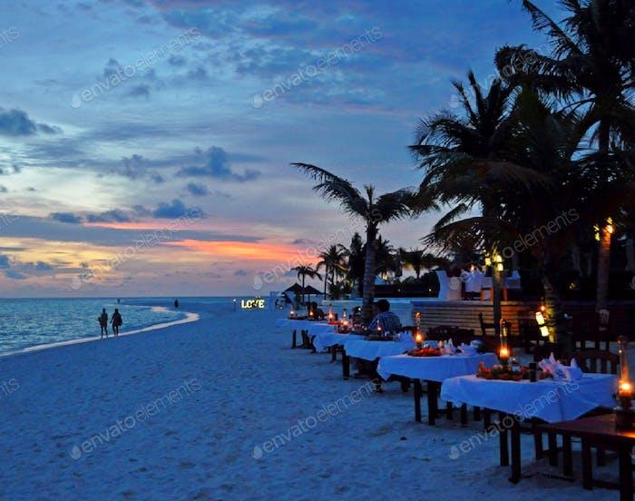 Romanance, love & dining