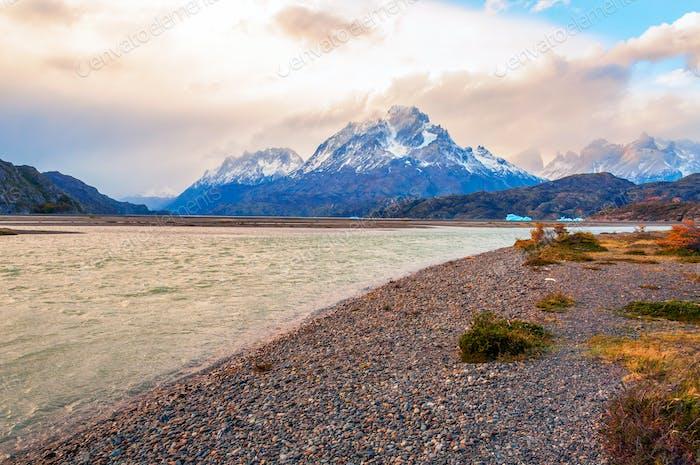 Lago Grey. Chile Región de Patagonia