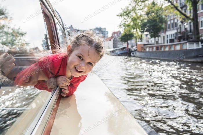 Fahrt zum Amsterdamer Kanal