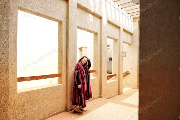Mujeres en traje tradicional árabe