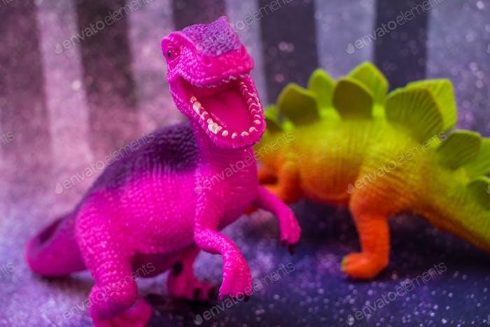 bunte Spielzeug-Dinosaurier-Spielzeuge