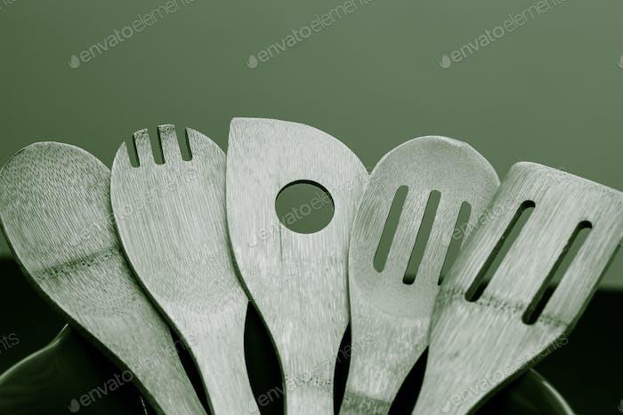 spatula set monochromatic