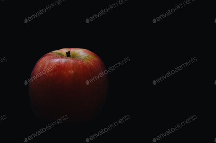 Studio photo of a red apple