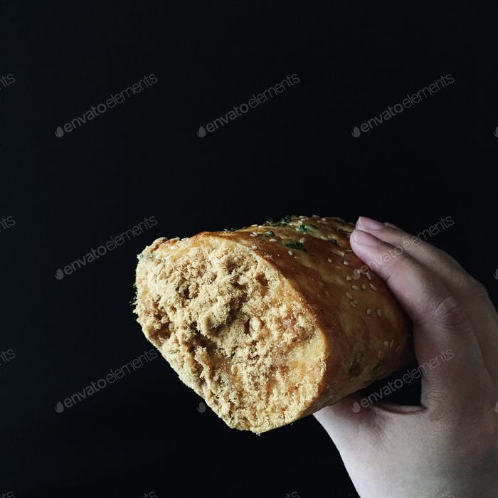 Pork floss roll