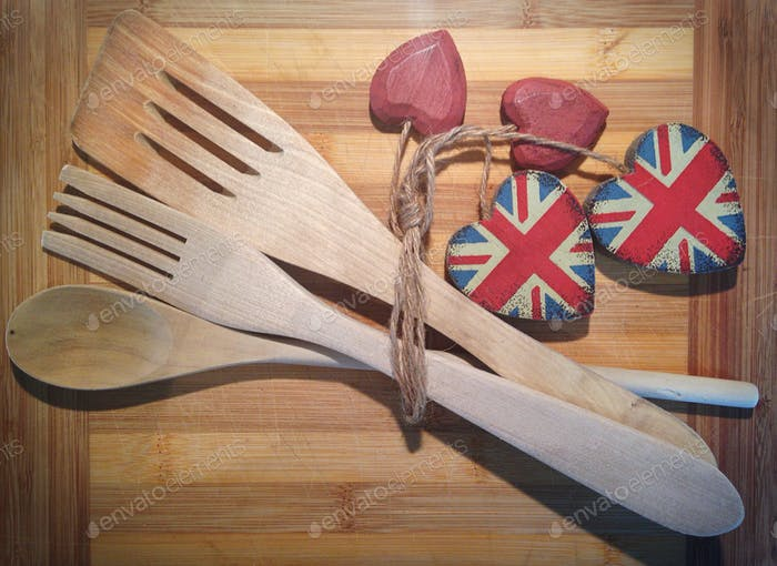 Wooden kitchen utensils with Union Jack hearts