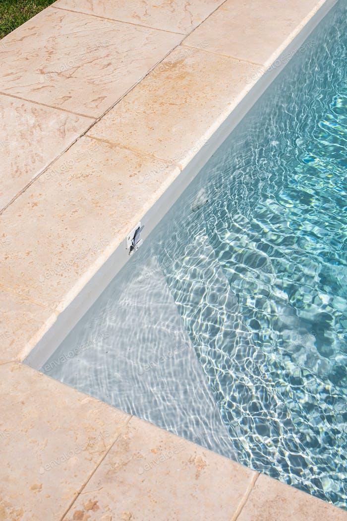Swimming pool angle