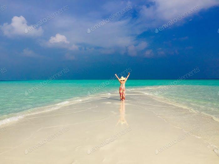 Glücklich auf den Malediven