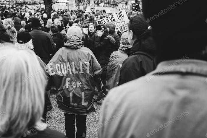 100.000 marchan en el Capitolio Estatal de Minnesota con la camiseta de Igualdad para Todos