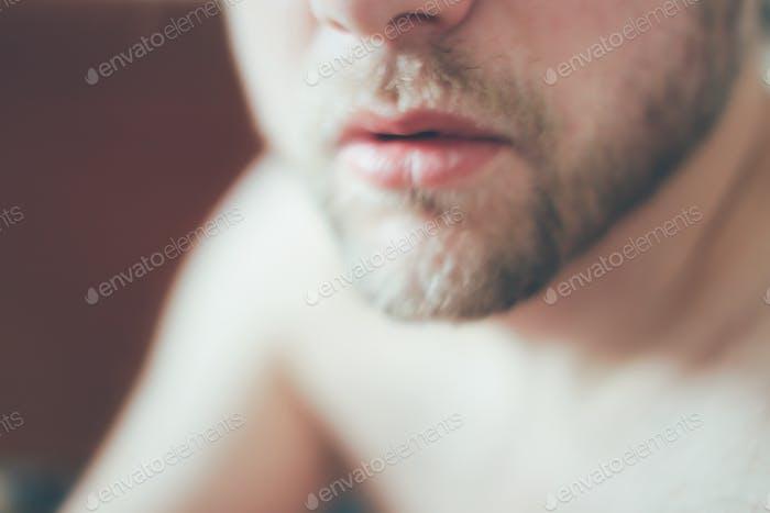 Рот и борода