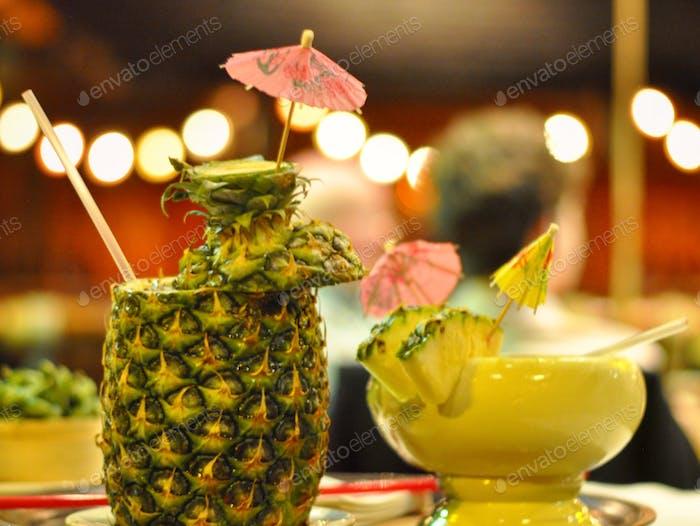 Der legendäre Tonga Room serviert seit 70 Jahren kreative Tiki-Drinks!