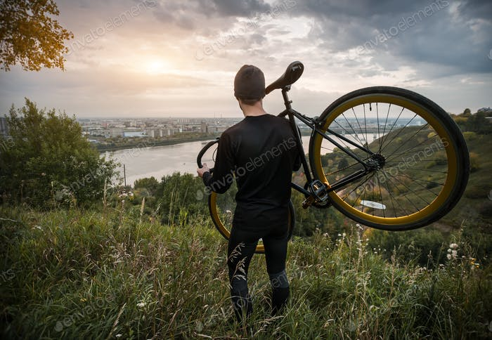 Cycling and outdoor sports as a lifestyle