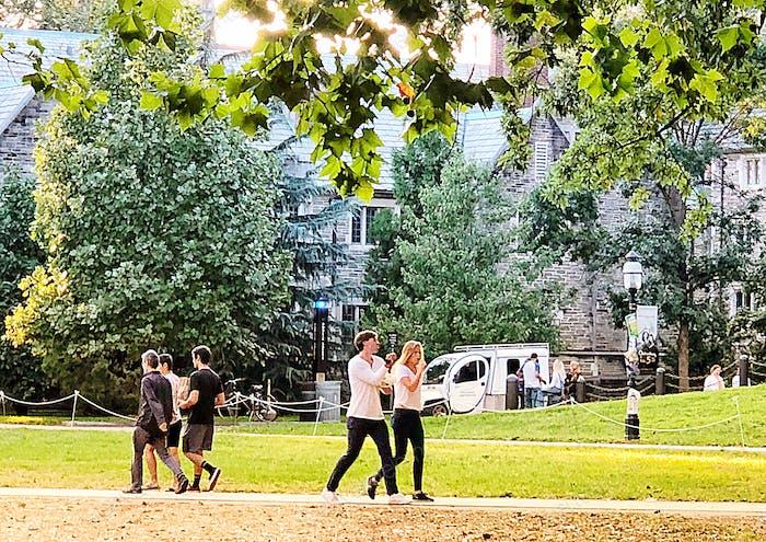 Millennials stroll around campus!