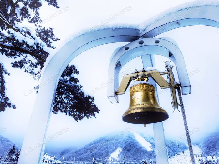 The bell at Goryu