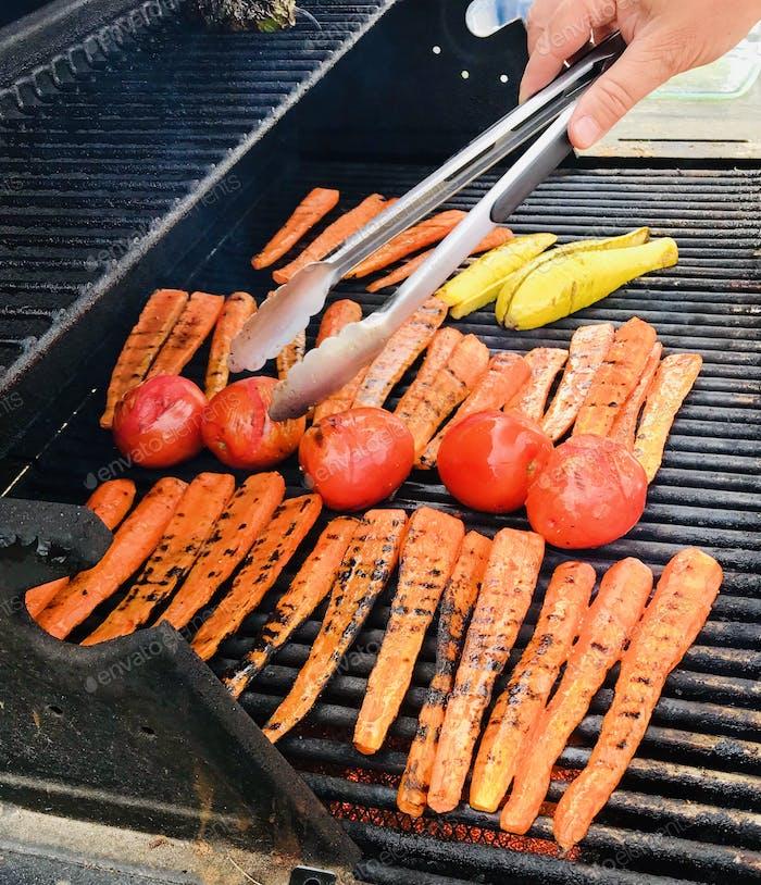 Grilling summer veggies