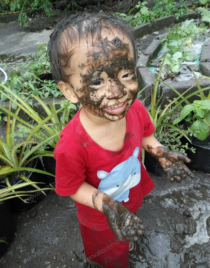 Mud of happiness