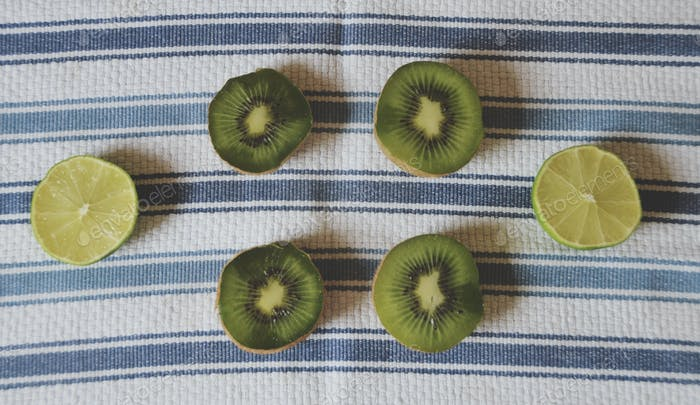 Kiwis & Limes