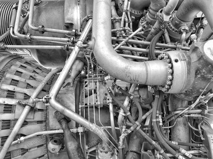 Business end of the Saturn F-1 rocket engine with 1.522M lbf of thrust.