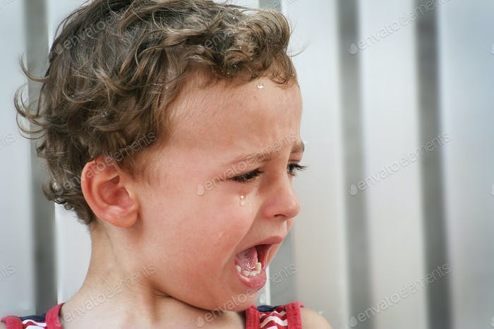 Young toddler Child cry