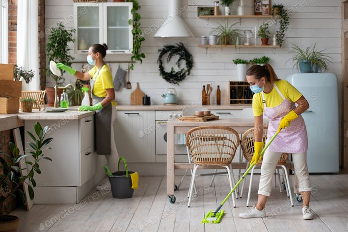 General cleaning of the kitchen. Professional housekeeping service.