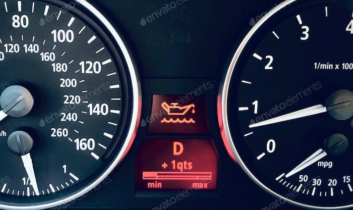 Car engine oil dashboard warning light