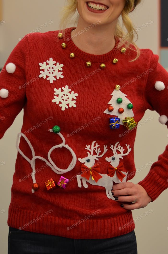 Ugly sweater contest | holiday life