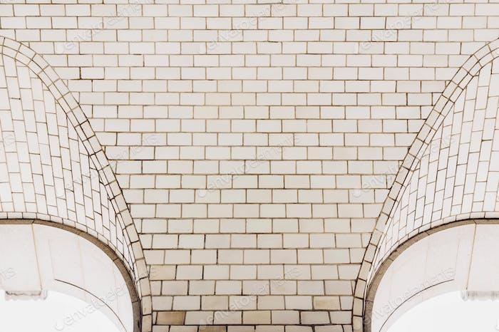 Minimal arches