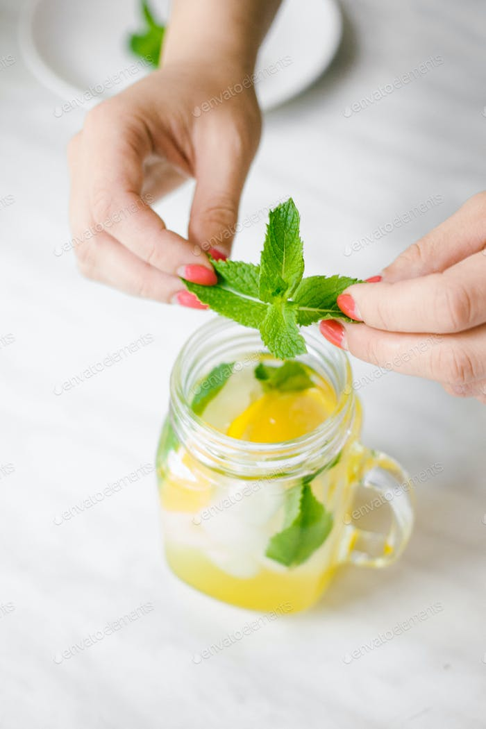 Preparación de limonada