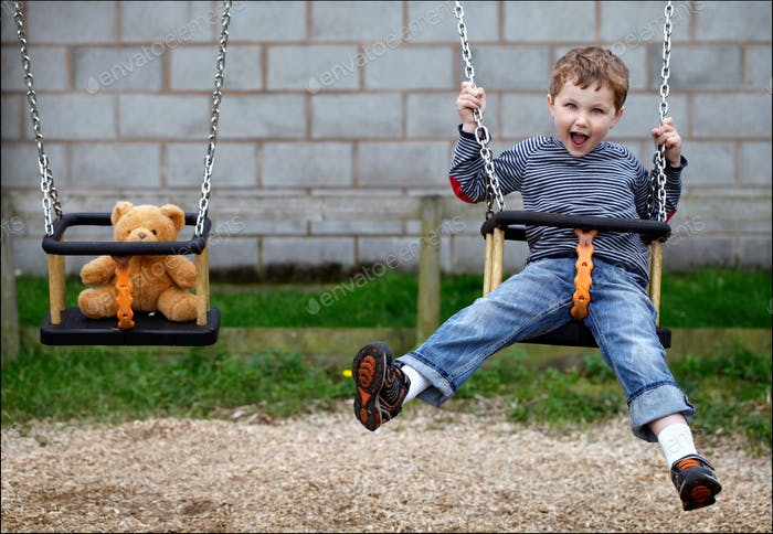 Swinging with teddie