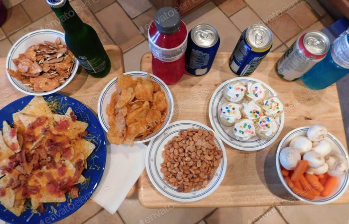 Super Bowl Sunday Snacks! Super Bowl party snacks for the BIG game on Super Bowl Sunday!