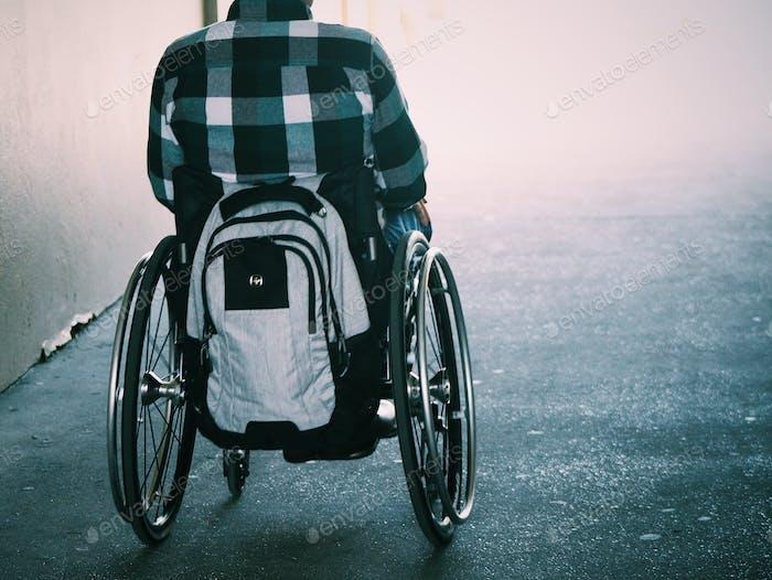 Menschen mit Behinderungen und Rollstuhlfahrer
