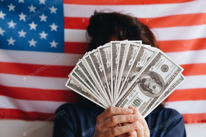 Amerikanische Flagge und Geld Nominiert!