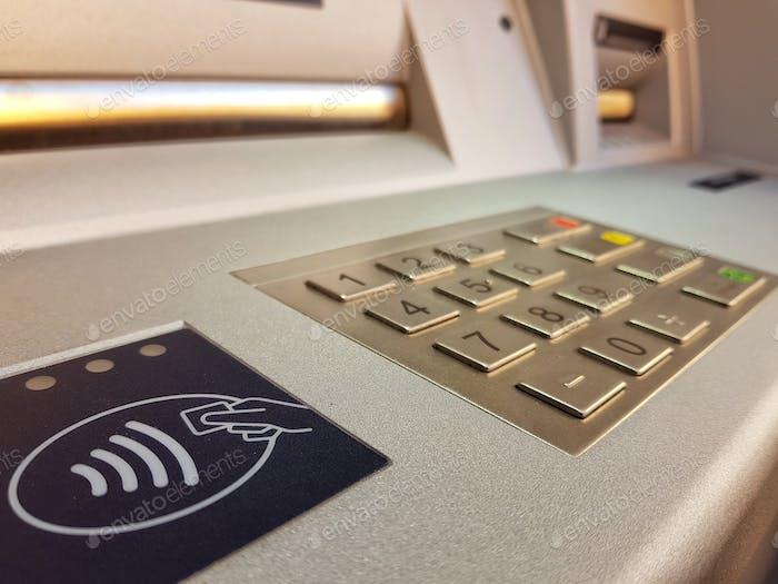 Geldautomat, Geldautomat, Banking, Finanzen, Geld, Wireless, NFC, kontaktlos.
