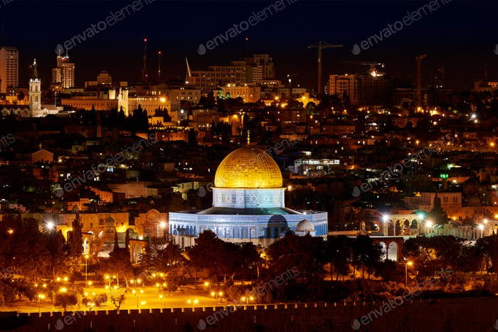 Dome of the Rock in Jerusalem at night