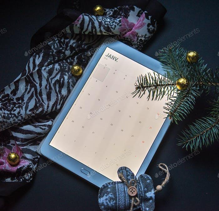 Kalender-Flatlay: Kalender Januar 2018