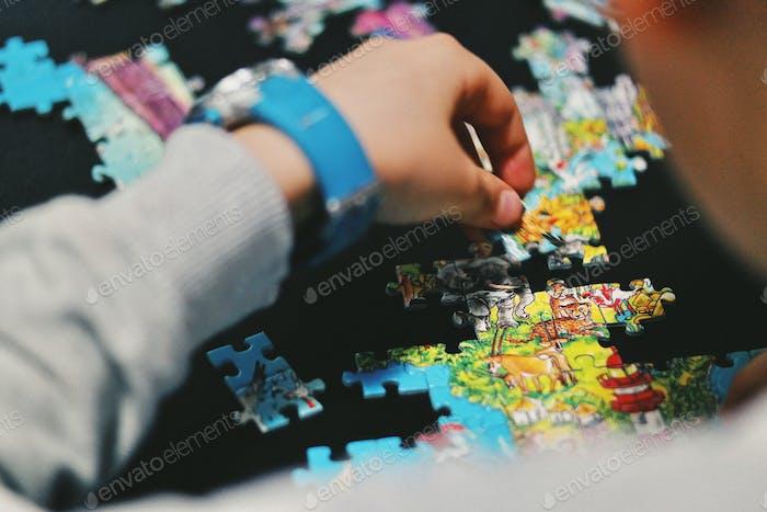 Jigsaw matches ...