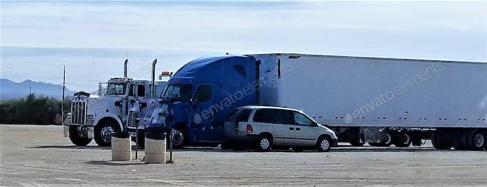 Transport und Logistik! Über Nacht parken für große Rigs.