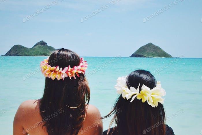 Island girls 🌴🌺