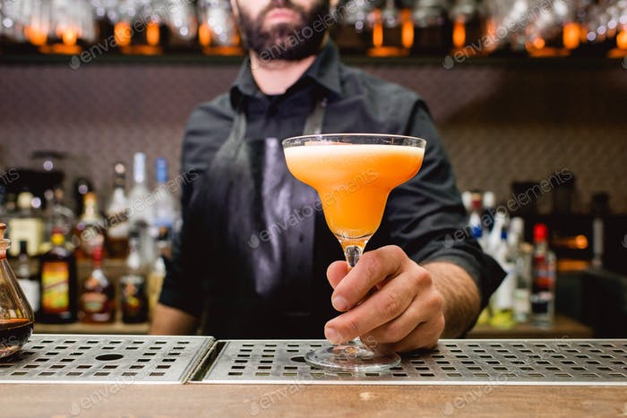Cocktail served.
