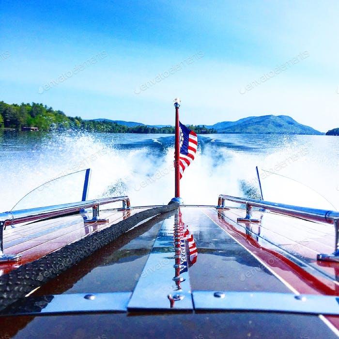 América en el lago