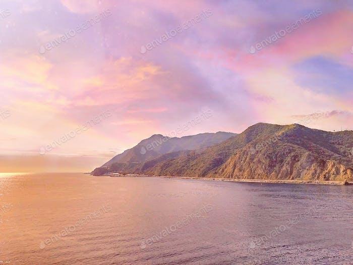 El tiempo que tenemos es como una puesta de sol, hermosa hasta que se ha ido.
