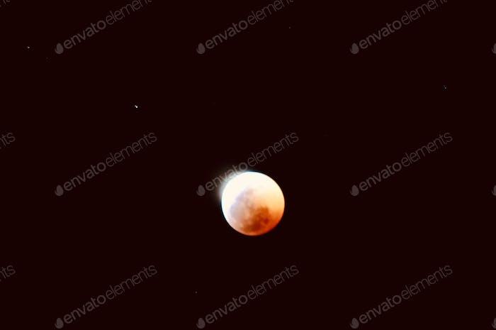 Luna eclipse.