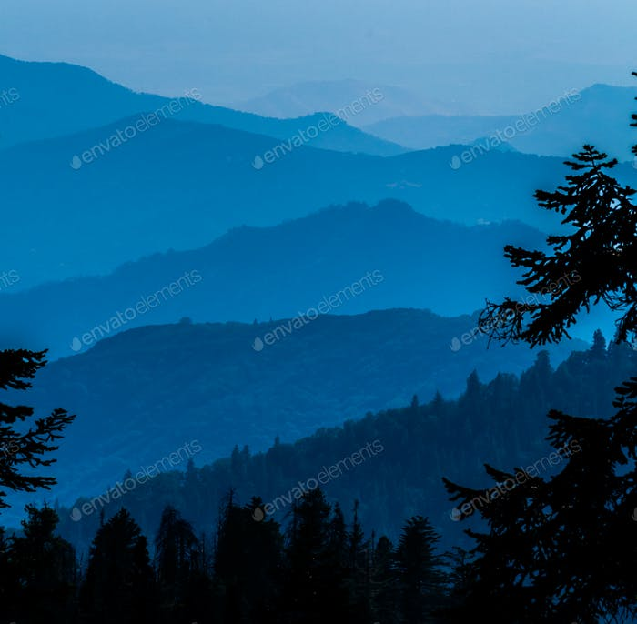 Smoke from a forest fire blankets the valleys of the Sequoia National Park