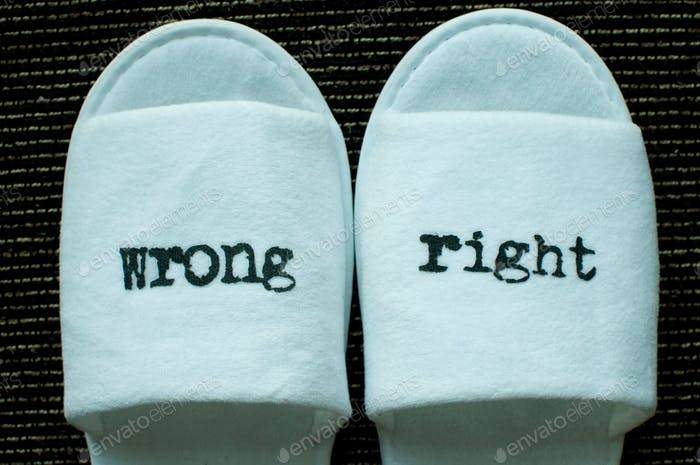 Right and wrong signs on slippers