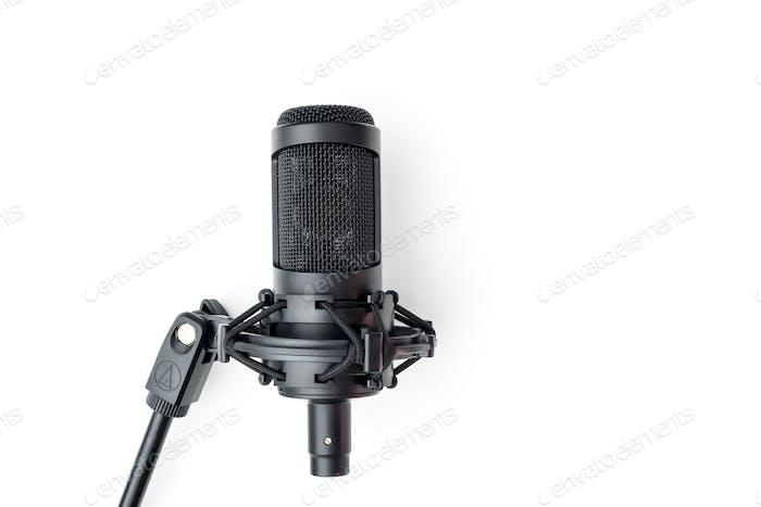 Mikrofon (weißer Hintergrund)