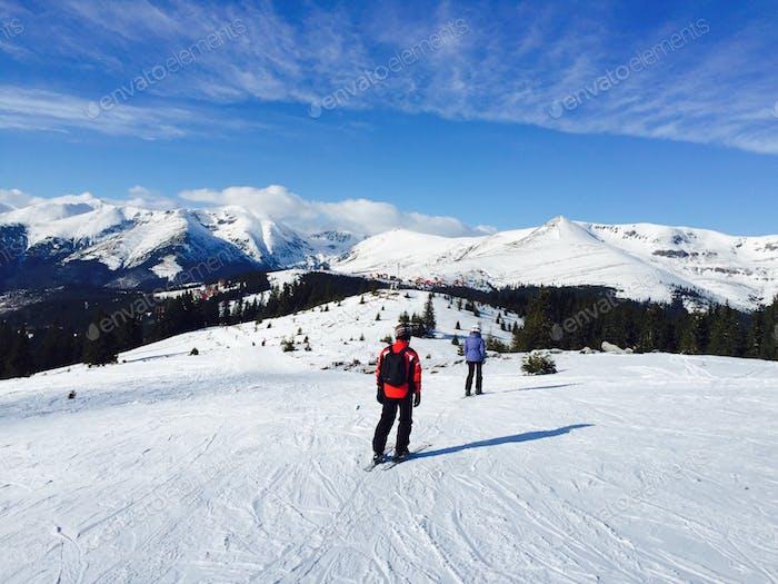 Menschen Skilaufen