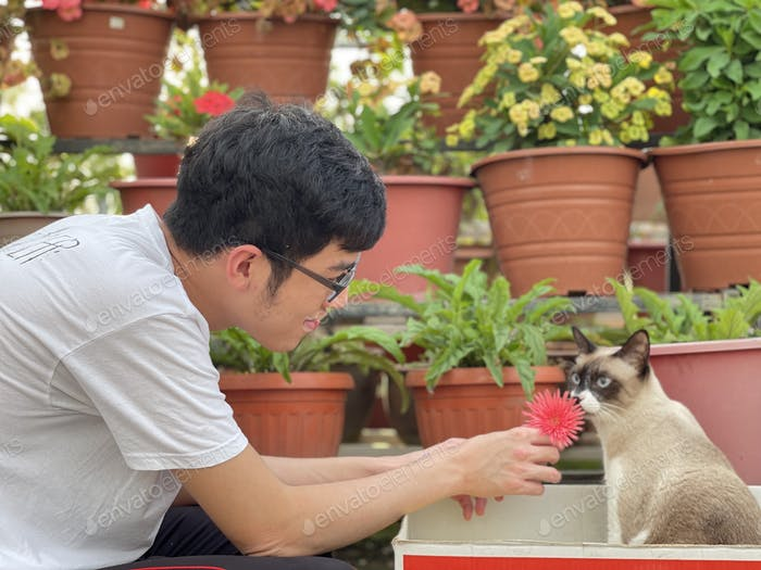 People with pet