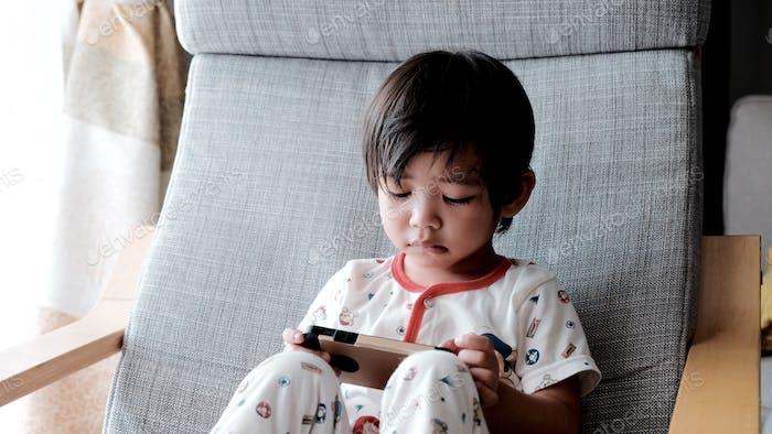 Watching cartoon on iphone