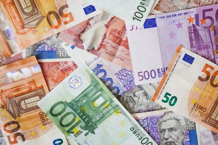 Overhead, imagen de vista superior del dinero, dinero en efectivo, euros. Marco completo, textura, fondo.
