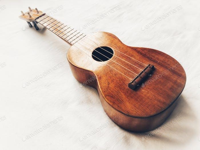 Aloha soprano ukulele, made from Koa wood, antique, made in Hawaii, 1917